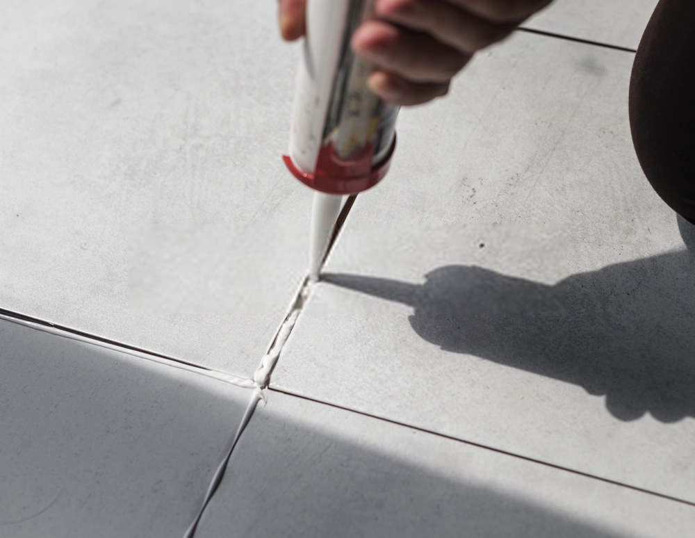 Grout Repairs & Grout Color Sealing